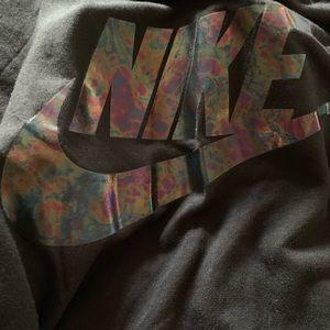 🆕 Nike Oil Slick Logo Swoosh Tee